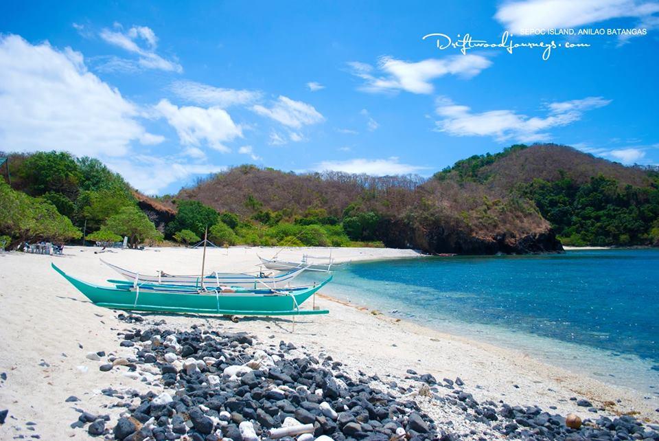 Anilao batangas beach resort sepoc beach center photos anilao diving beach resort for Batangas beach and swimming pool resort