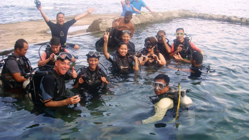 Dive Resort Anilao Diving Resorts 03
