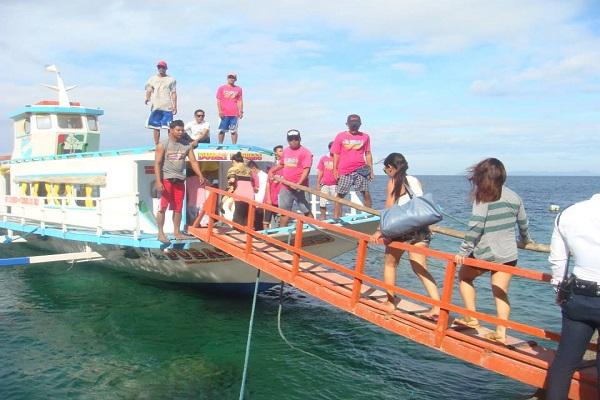dive_resort_anilao_best_beaches_in_batangas_03